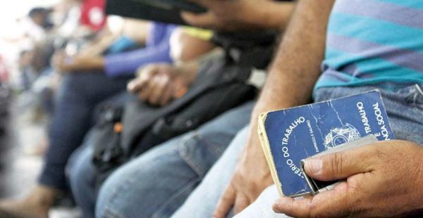 4 grandes empresas disponibilizam mais de 7.260 vagas de emprego no país, confira
