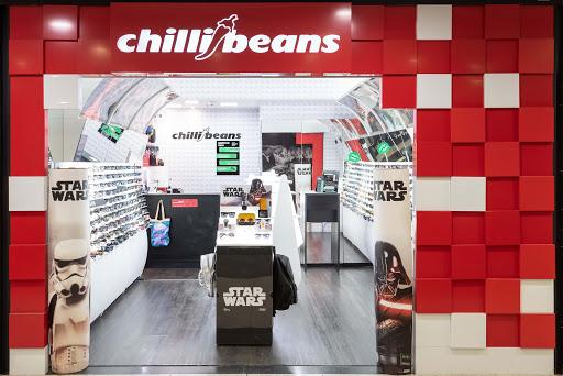 Mais de 100 vagas para diferentes cargos estão sendo disponibilizadas pela Chilli Beans, confira!